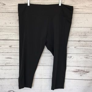 SOMA Sport Black Crop Leggings Size XXL